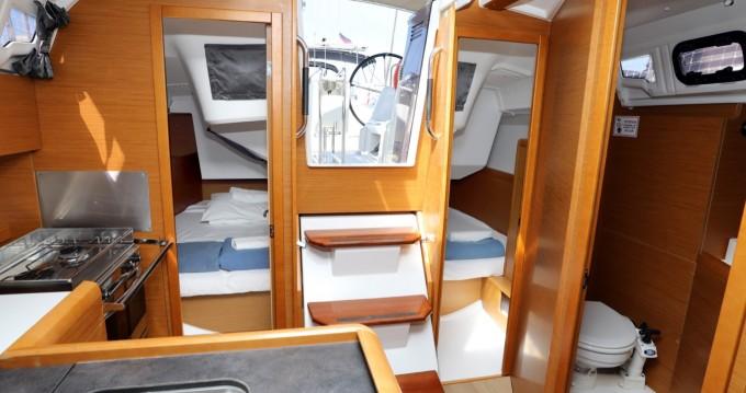Alquiler de barcos Jeanneau Sun Odyssey 349 enPula en Samboat