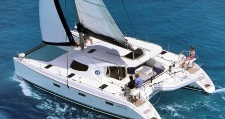 Alquiler de barcos Ragusa barato de Nautitech 40