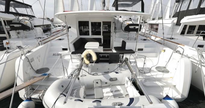 Alquiler de barcos Sukošan barato de Lagoon 40