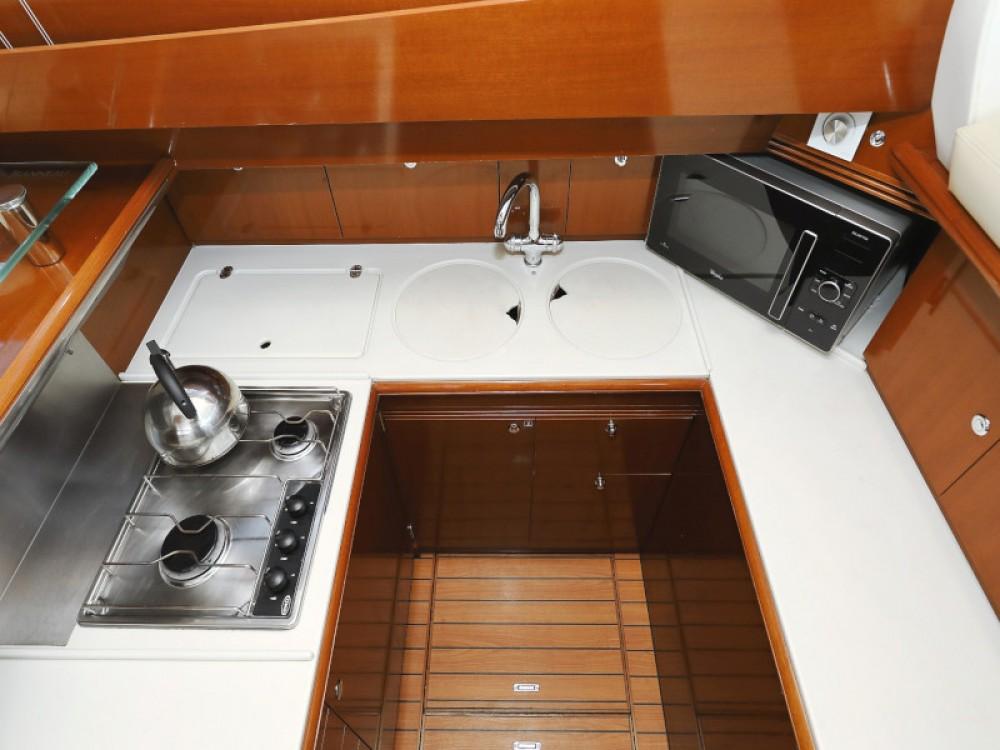 Alquiler de yate Sukošan - Jeanneau Jeanneau Prestige 46 Fly en SamBoat