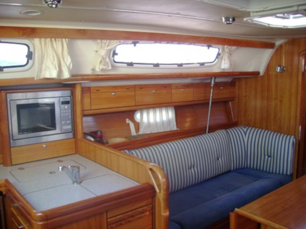 Bavaria Bavaria 38 Cruiser entre particulares y profesional Grad Biograd na Moru