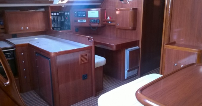 Alquiler de barcos Atenas barato de Ocean Star 56.1