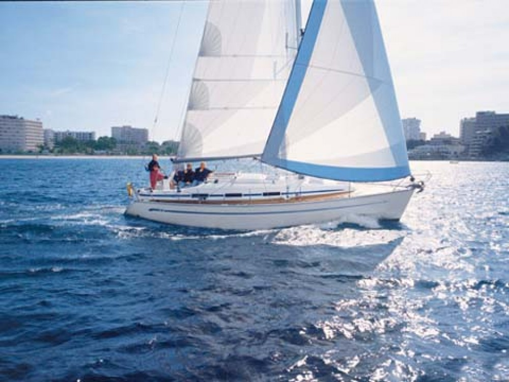 Alquiler de barcos Bavaria Bavaria 36 enMarina de Alimos en Samboat