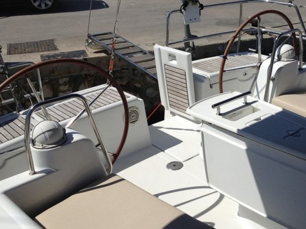 Alquiler de yate Marina de Alimos - Bénéteau Oceanis 46 en SamBoat