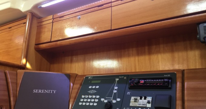 Alquiler de yate Lávrio - Bavaria Bavaria 42 Cruiser en SamBoat
