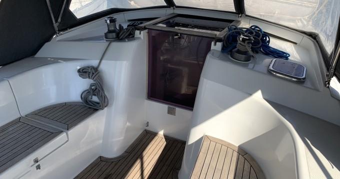 Alquiler de barcos Lávrio barato de Hanse 350