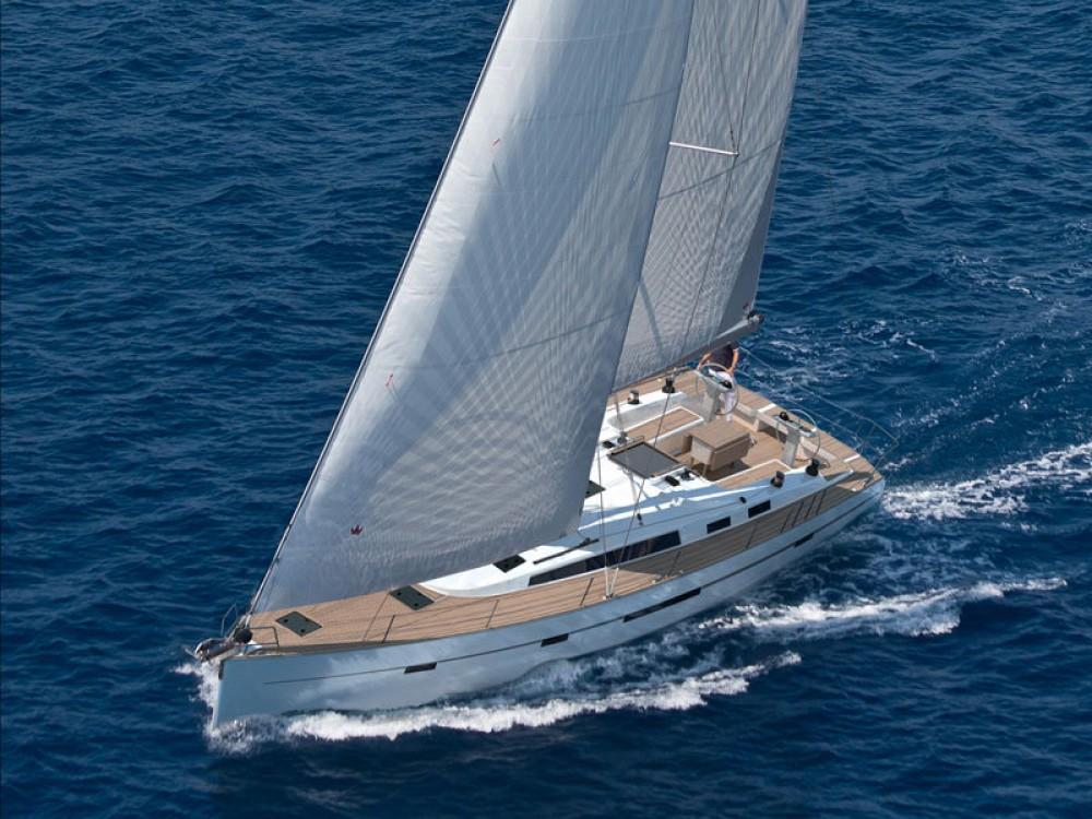 Alquiler de barcos Bavaria Bavaria Cruiser 56 en en Samboat