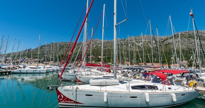 Alquiler de yate Pomer - Bénéteau Oceanis 41 en SamBoat