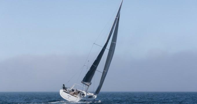 Alquiler de Bénéteau Oceanis 41.1 en Split