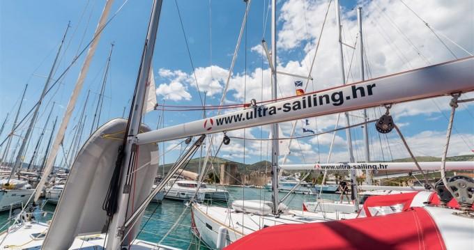 Alquiler Velero en Split - Bénéteau Oceanis 41