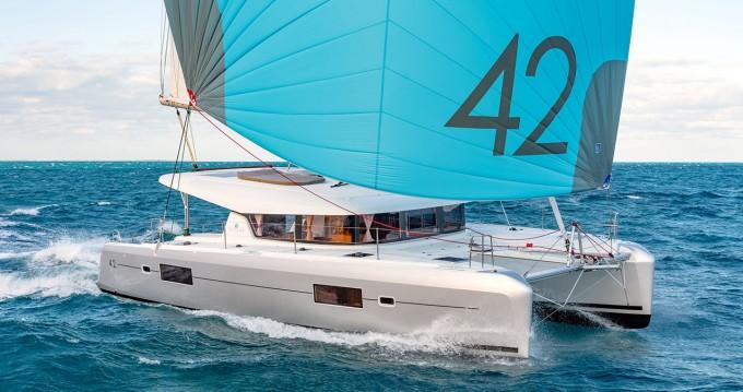 Alquiler Catamarán en Atenas - Lagoon Lagoon 42