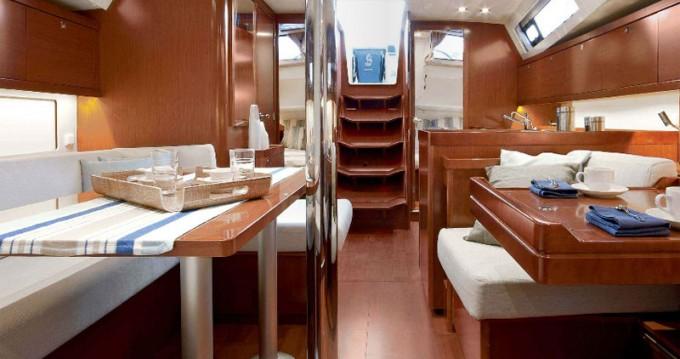 Alquiler de yate Atenas - Bénéteau Oceanis 41 en SamBoat