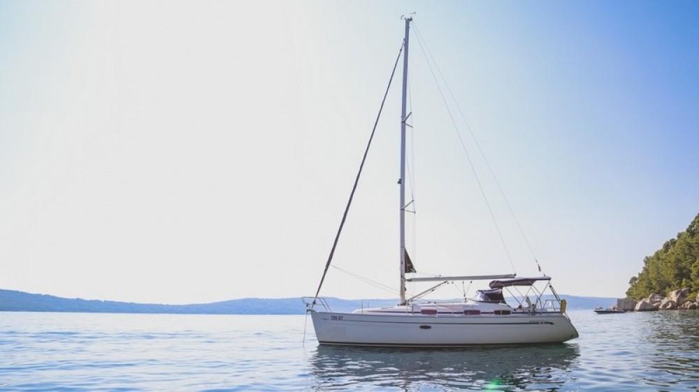 Bavaria Bavaria 37 Cruiser entre particulares y profesional ACI Marina Split