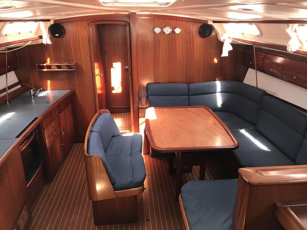 Alquiler de barcos Olbia barato de Bavaria 44