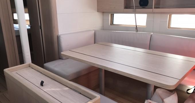 Alquiler de barcos Portisco barato de Oceanis 46.1