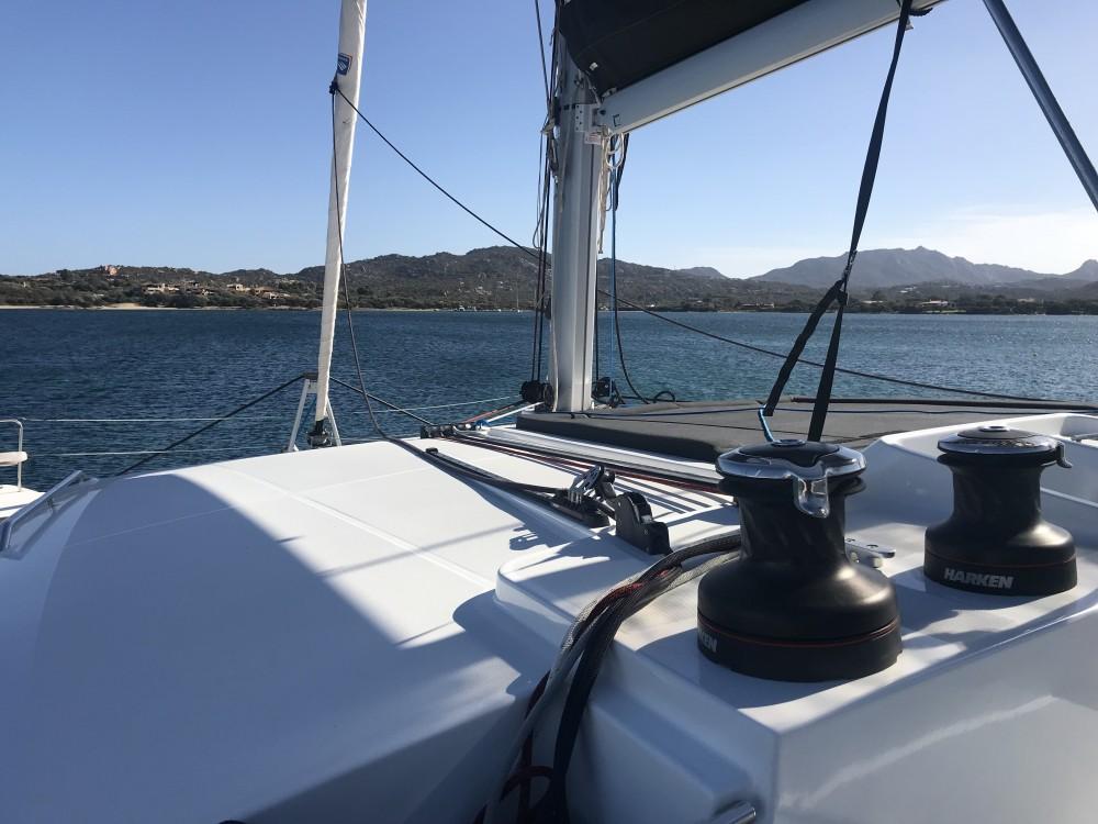 Alquiler de yate Cala dei Sardi - Lagoon Lagoon 450F en SamBoat