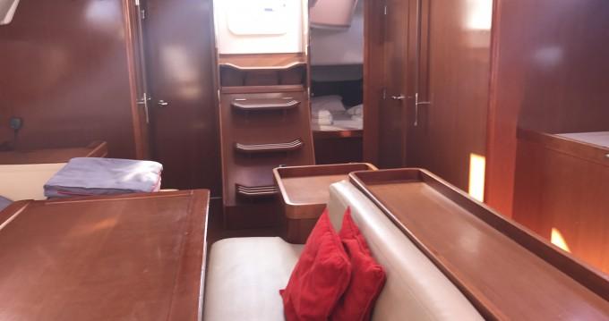Alquiler de barcos Portisco barato de Oceanis 50 Family