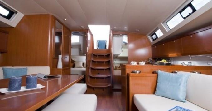 Alquiler de barcos Paros barato de Oceanis 45