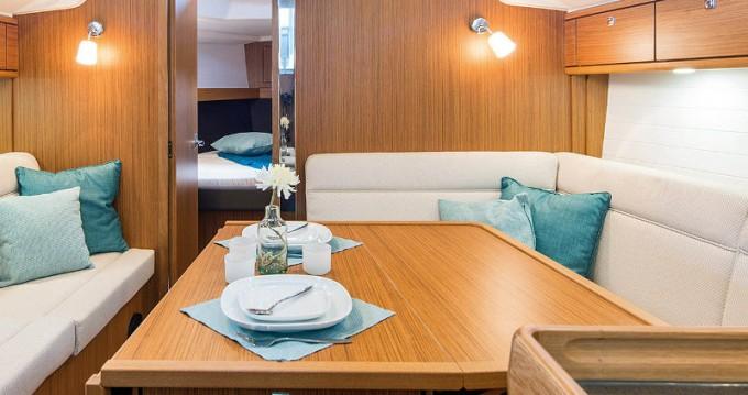 Alquiler de barcos Bavaria Cruiser 37 enÁlimos en Samboat