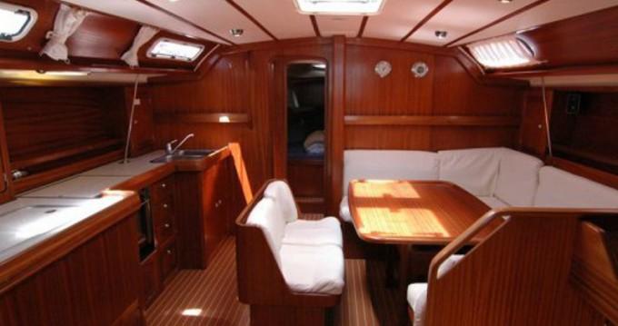 Alquiler Velero en Álimos - Bavaria Bavaria 47 Cruiser