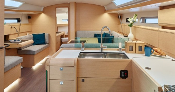 Alquiler de yate Álimos - Jeanneau Sun Odyssey 449 en SamBoat