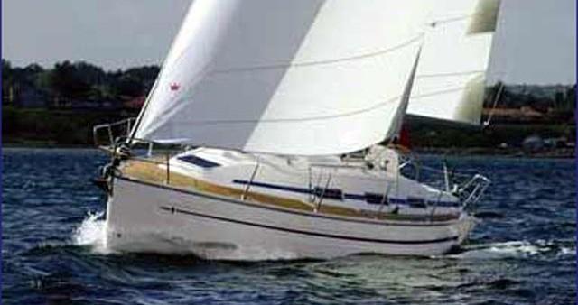Alquiler de barcos Bavaria Bavaria 32 enSkiathos en Samboat