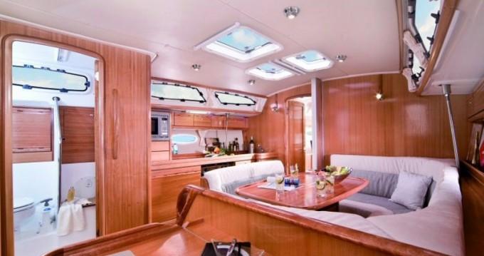 Alquiler de yate Álimos - Bavaria Bavaria 40 Cruiser en SamBoat