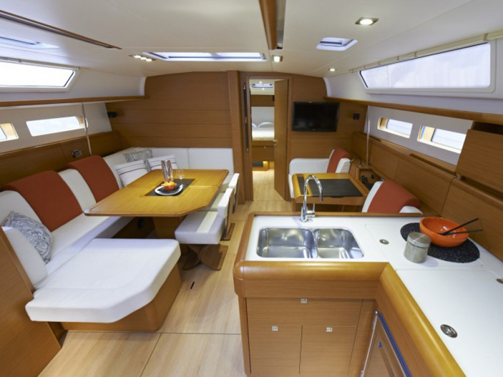 Jeanneau Sunsail 47/3 entre particulares y profesional Road Town