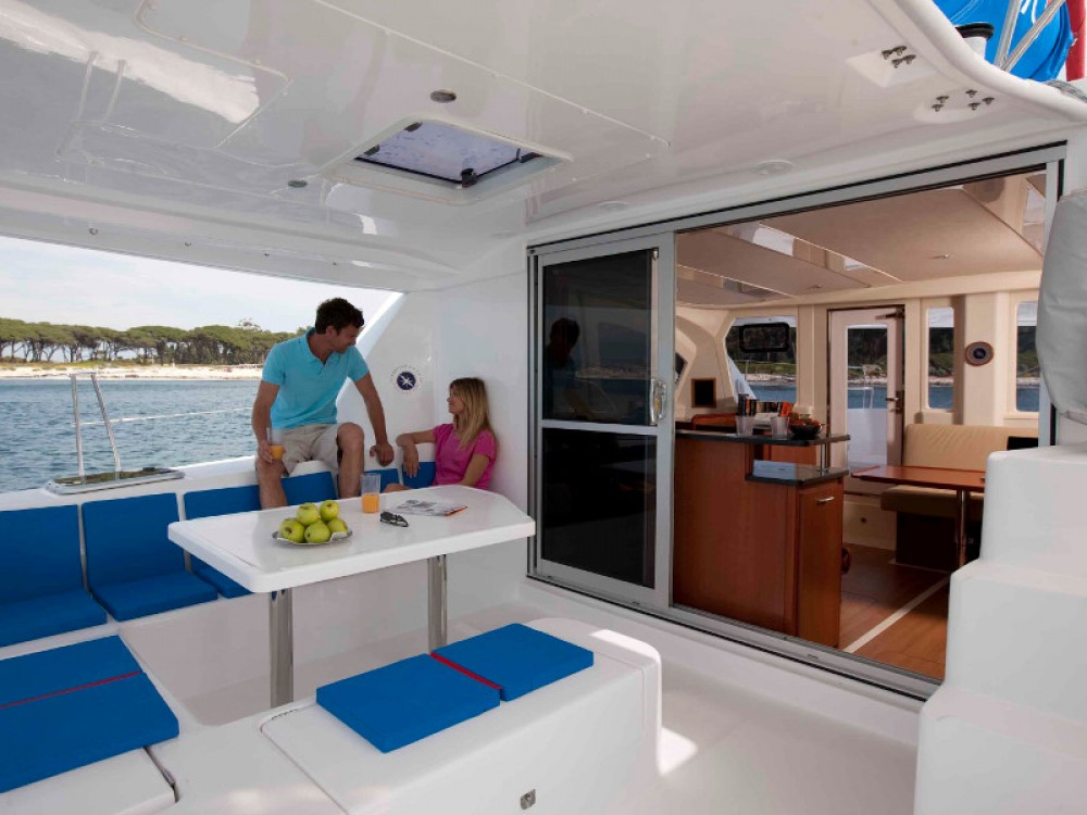 Leopard Sunsail 444 entre particulares y profesional Road Town