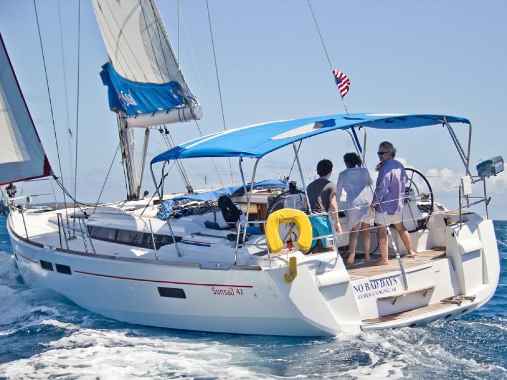 Alquiler de Jeanneau Sunsail 47 en Marina Naviera Balear