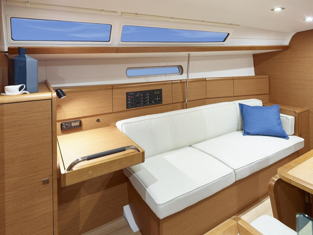 Alquiler Velero en Marina - Jeanneau Sunsail 38