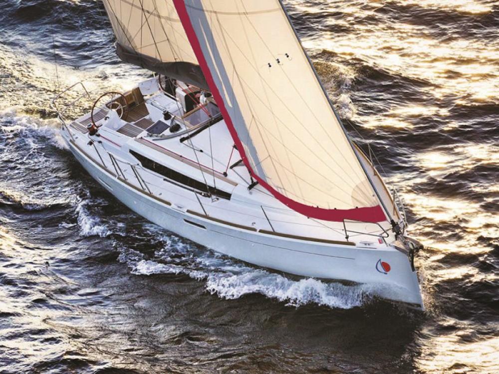 Alquiler de barcos Jeanneau Sunsail 38 enMarina en Samboat