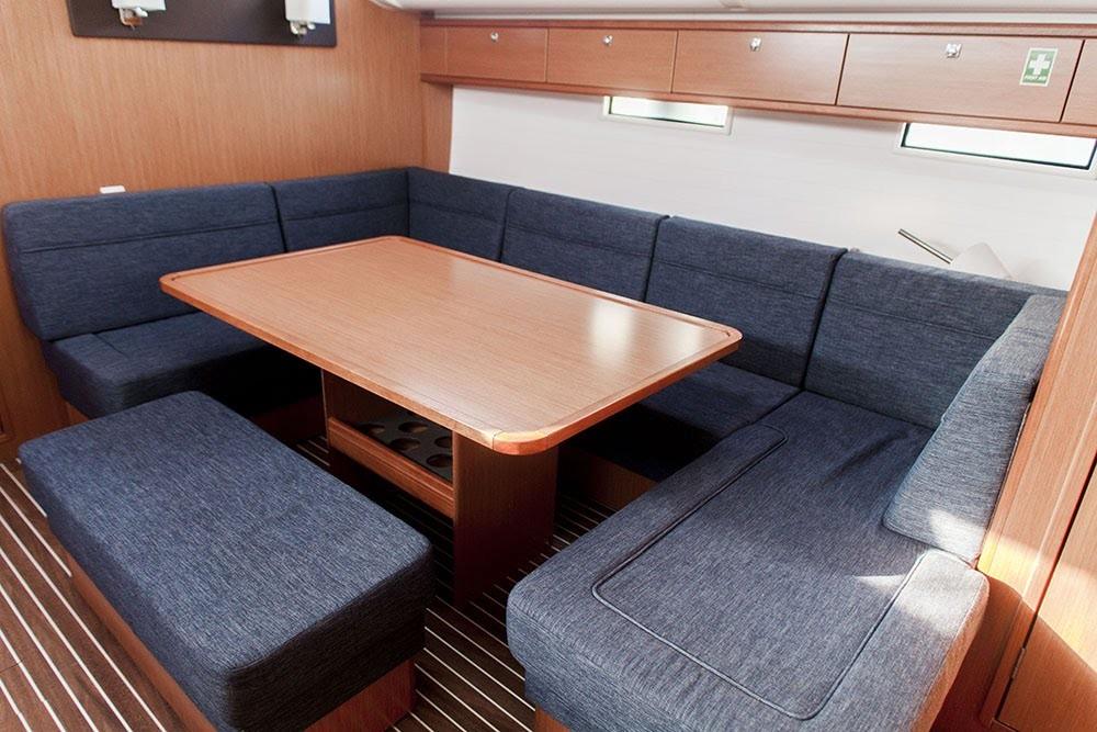 Alquiler de barcos Bavaria Cruiser 51 en en Samboat