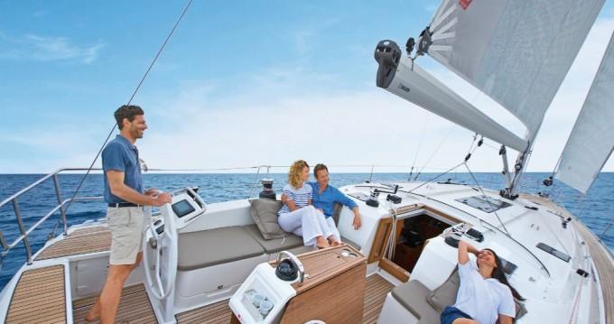 Velero para alquilar Ionian Islands al mejor precio
