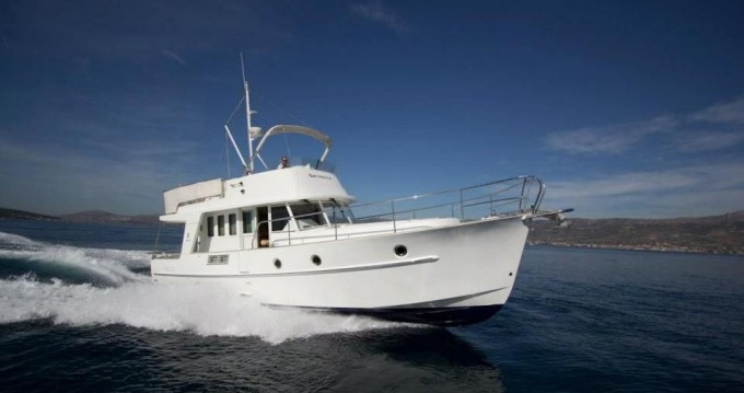 Alquiler de barcos Zadar barato de Swift Trawler 42