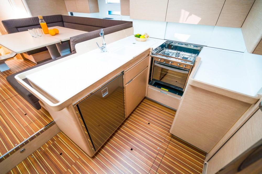 Alquiler de barcos Elan Impression 50 en en Samboat