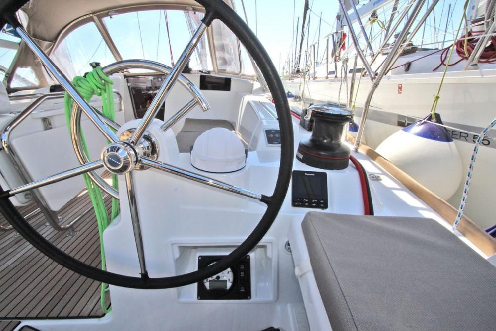 Alquiler de barcos Peloponnese barato de Sun Odyssey 449
