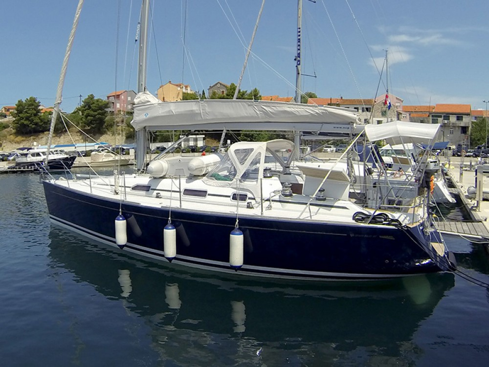 Alquiler de yate  - Cantiere Del Pardo Grand Soleil 40 en SamBoat