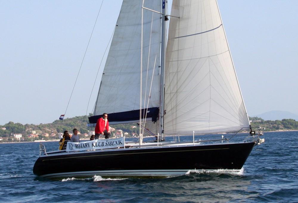 Alquiler de barcos Cantiere Del Pardo Grand Soleil 46.3 enŠibenik en Samboat