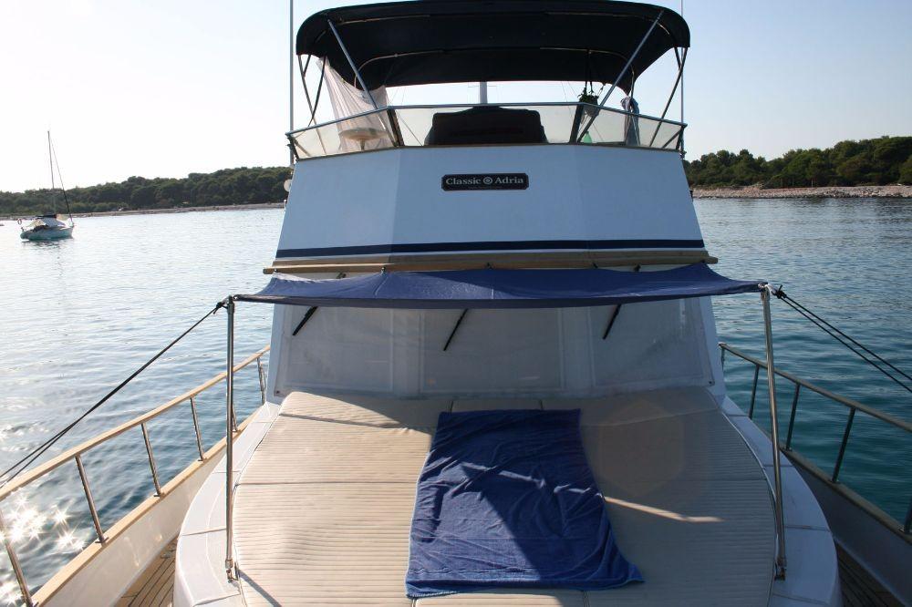 Alquiler de Custom Made Trawler HAMPTON 42 en Zadar
