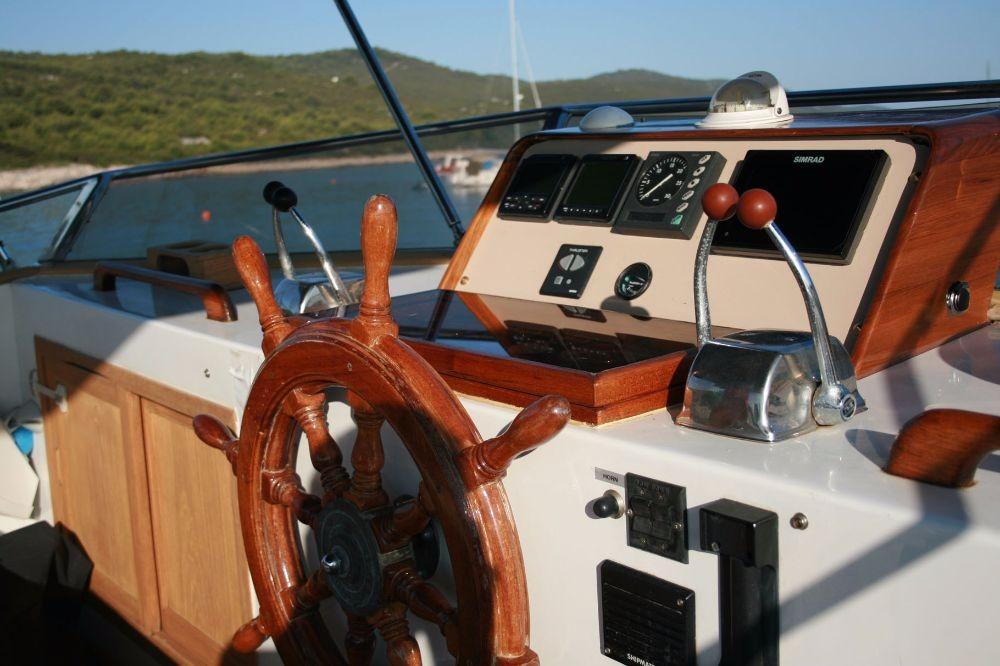 Alquiler de barcos Zadar barato de Trawler HAMPTON 42