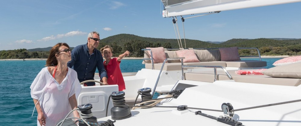 Fountaine Pajot Saona 47 entre particulares y profesional Péloponnèse