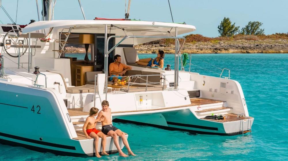 Lagoon Lagoon 42 entre particulares y profesional Peloponnese