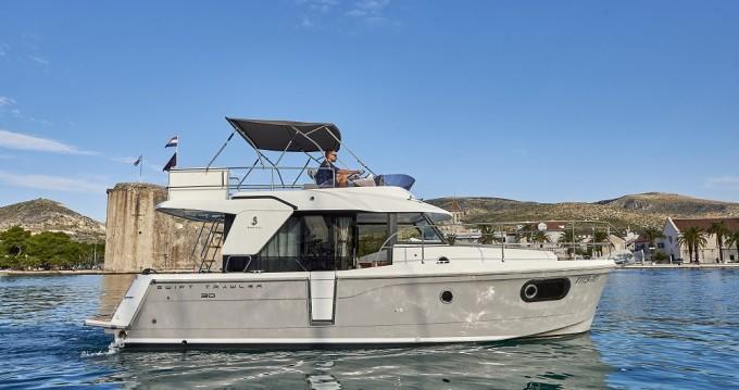 Alquiler de barcos Trogir barato de Swift Trawler 30