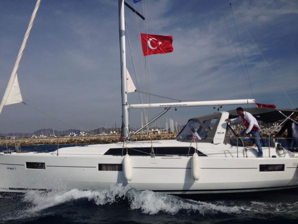 Alquiler de yate Dereköy - Bénéteau Oceanis 41.1 en SamBoat