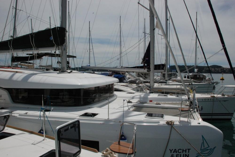Catamarán para alquilar Seget Donji al mejor precio