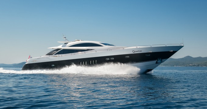 Alquiler de barcos Sunseeker Sunseeker Predator 108 enZadar en Samboat