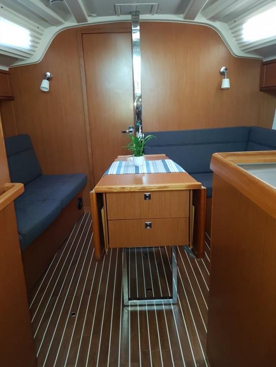 Alquiler de yate Croacia - Bavaria Cruiser 37 en SamBoat
