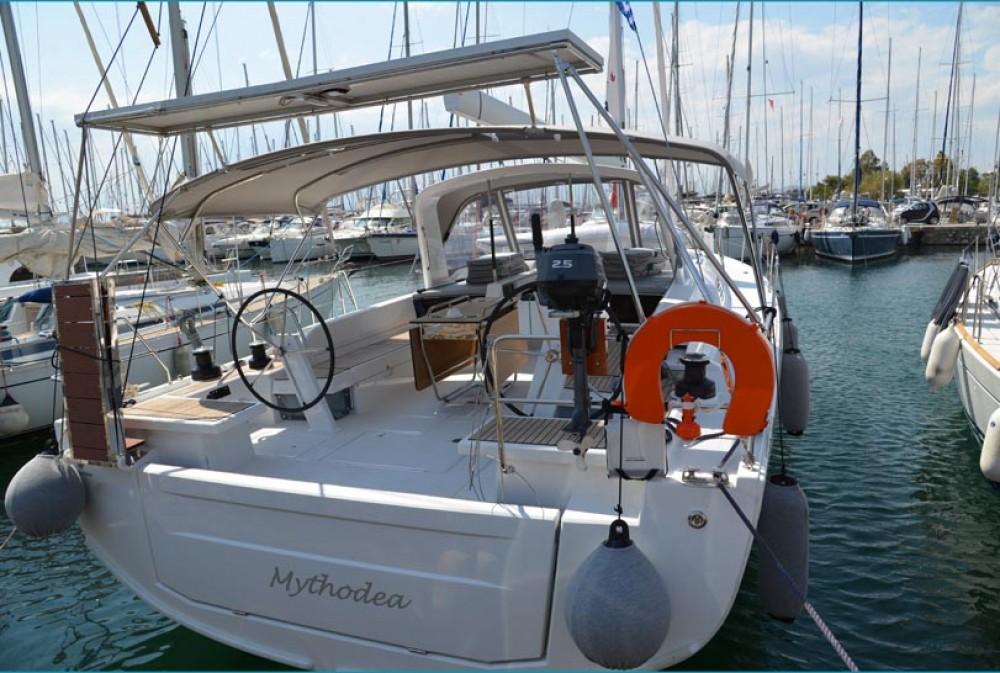Alquiler de Bénéteau Oceanis 51.1 en Peloponnese
