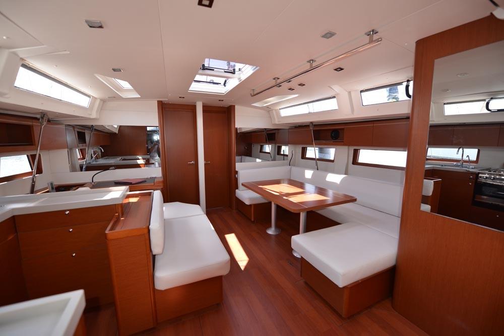 Alquiler de yate Peloponnese - Bénéteau Oceanis 51.1 en SamBoat